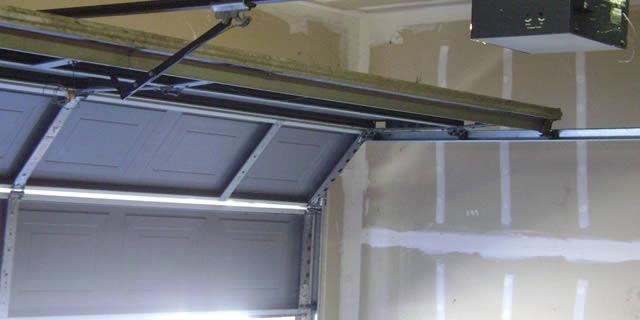 Inicio mantenimiento comunidades malaga - Mantenimiento puertas de garaje ...